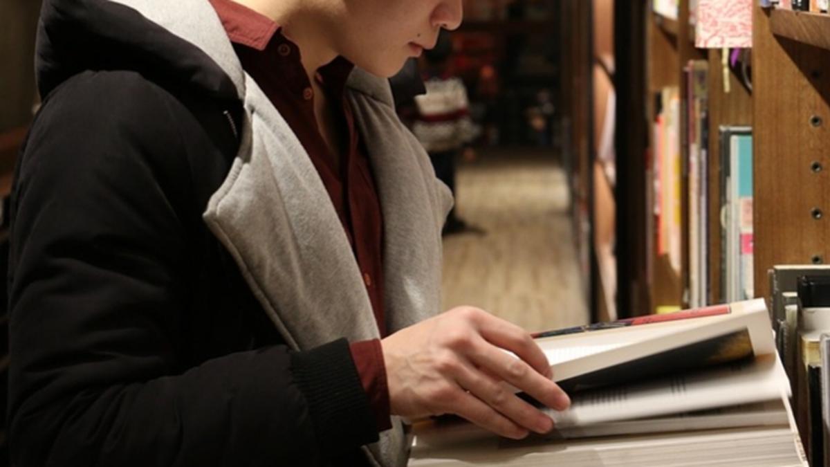 還在當假文青?他讀完設計系 看穿現代人的「假裝文化」