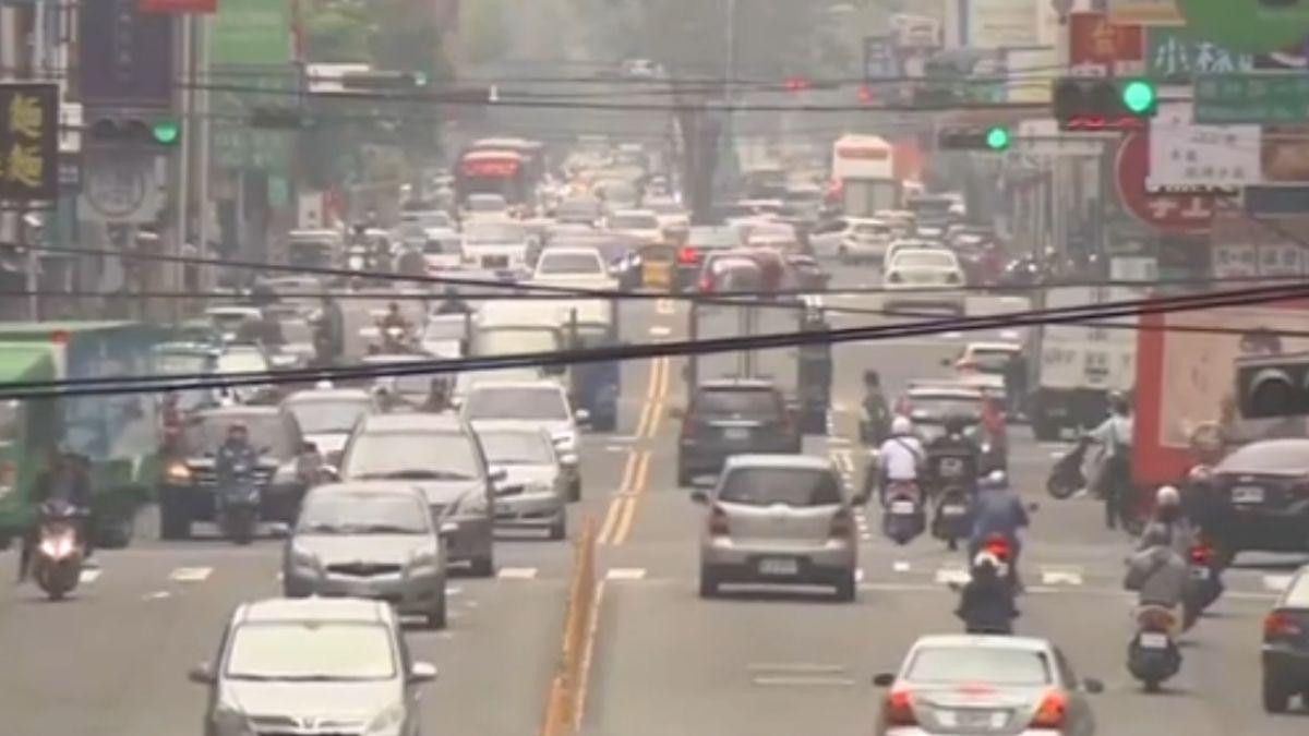 拚改善空汙!中市全國首創電動車免費停車