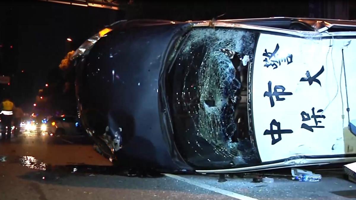 女毒蟲拒捕自撞彈翻警車 遭轟3槍逮