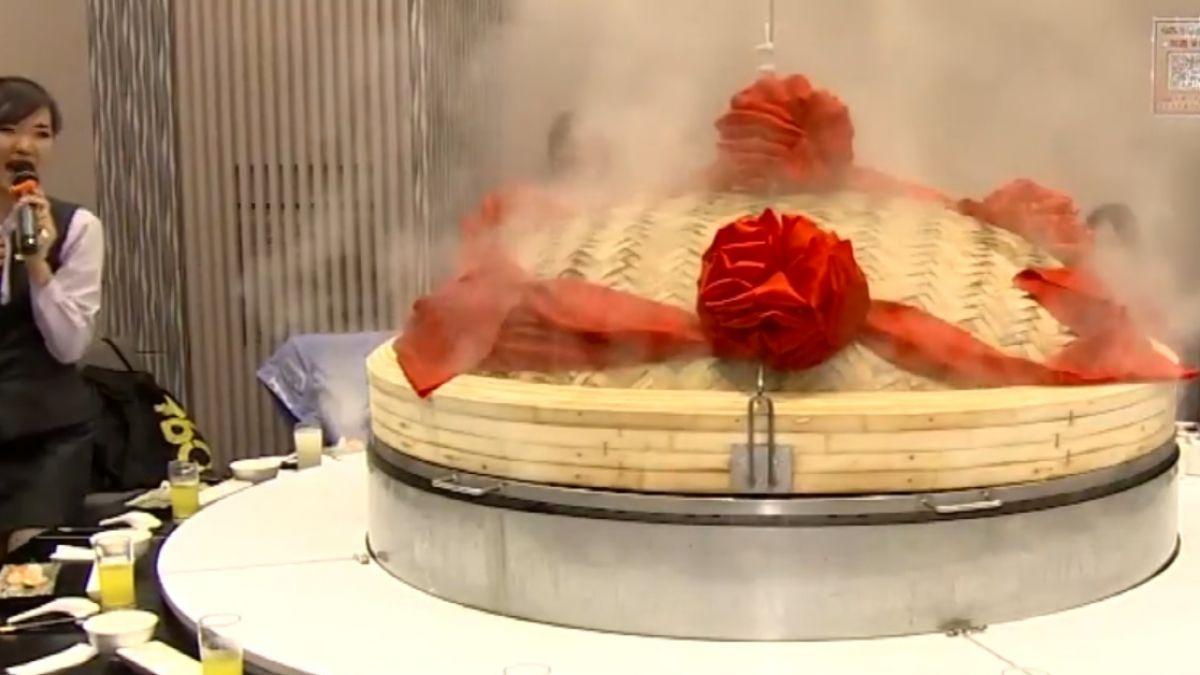 巨型蒸籠宴!超澎派海鮮塔視覺味覺雙饗宴