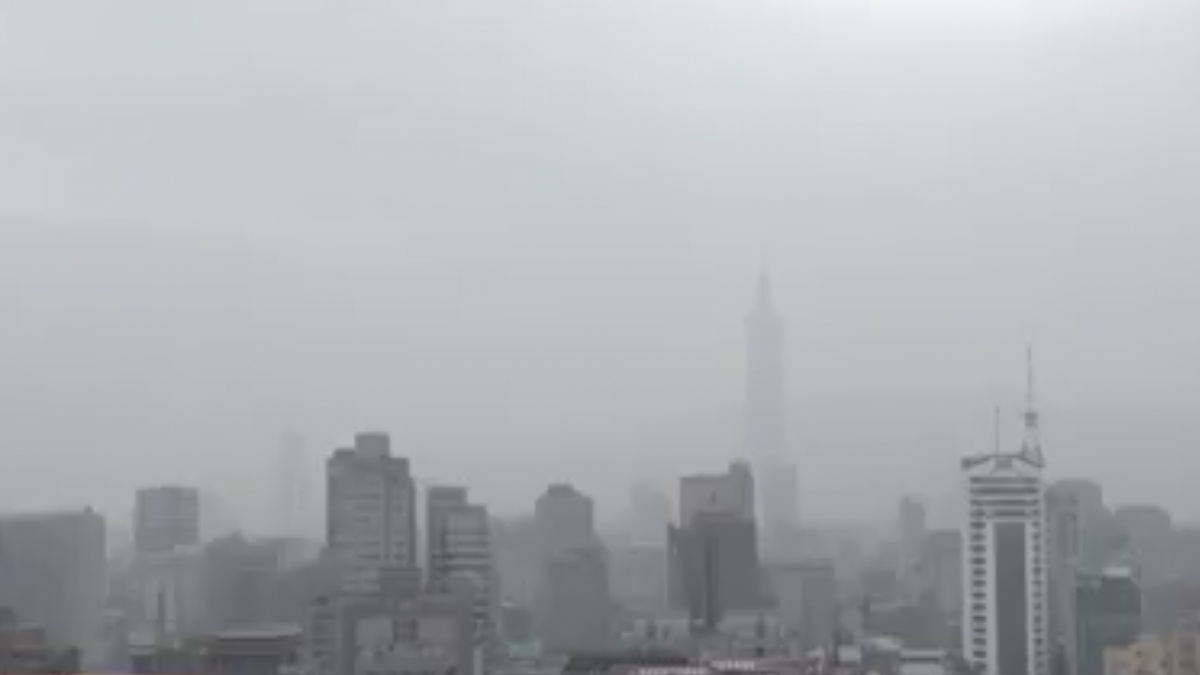 沙塵暴來襲 台西測站出現「褐色警報」