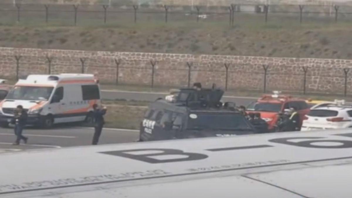 手持鋼筆挾持空服員 41歲嫌犯遭警逮捕
