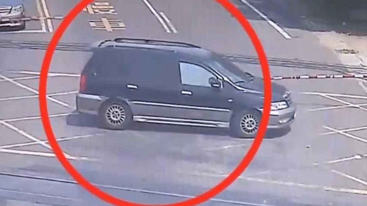 太小心?警鈴響煞車停網狀區  被開罰1萬5