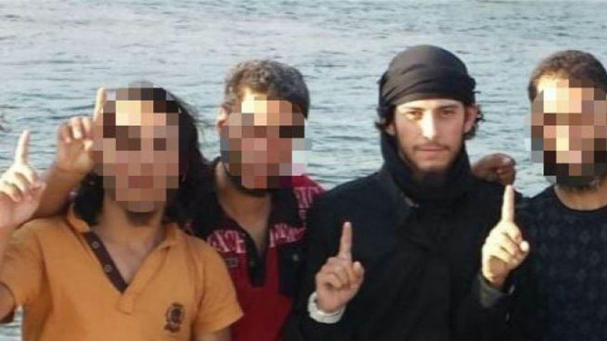 飛敘利亞支援IS!他每天吃飽陪小孩踢球 哀怨「生活超無聊」