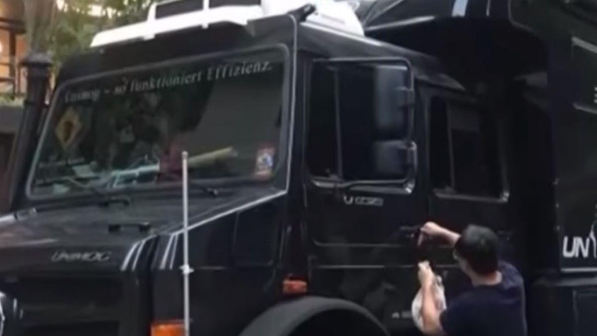 千萬霸王級露營車 現身台中七期豪宅區