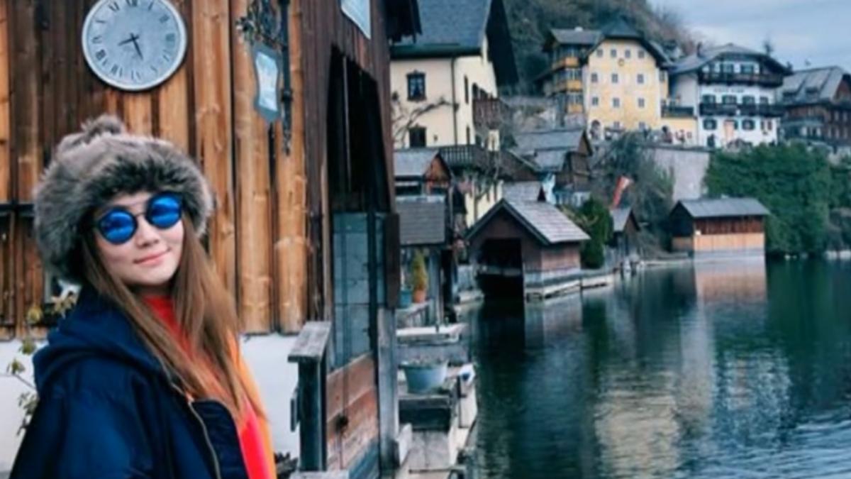 Selina遊奧地利遭歧視 餐廳網站怒評一顆星