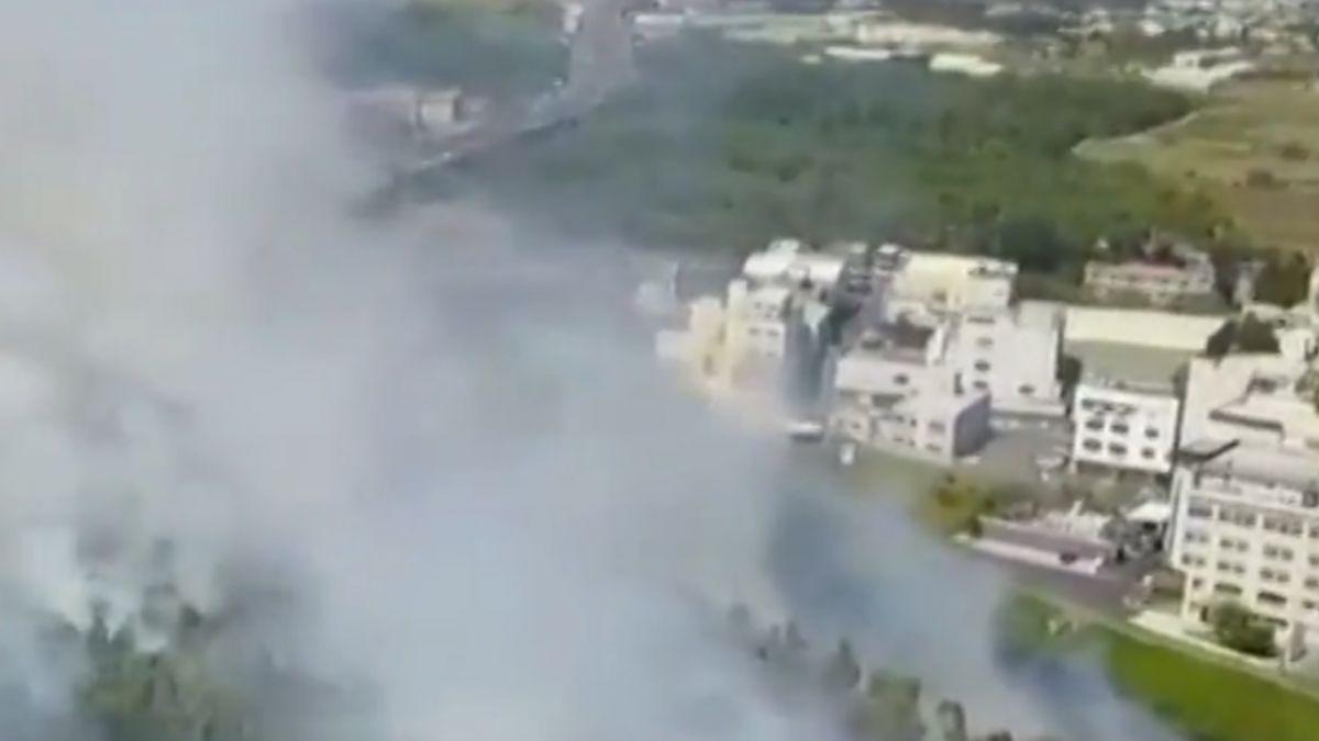 奇美博物館旁竄野火 濃煙蔽天延燒4小時
