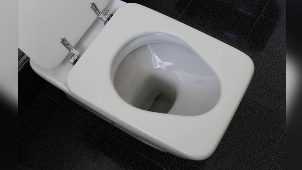 悚!員工清潔旅館廁所 驚見滿地血跡…男嬰卡馬桶溺斃
