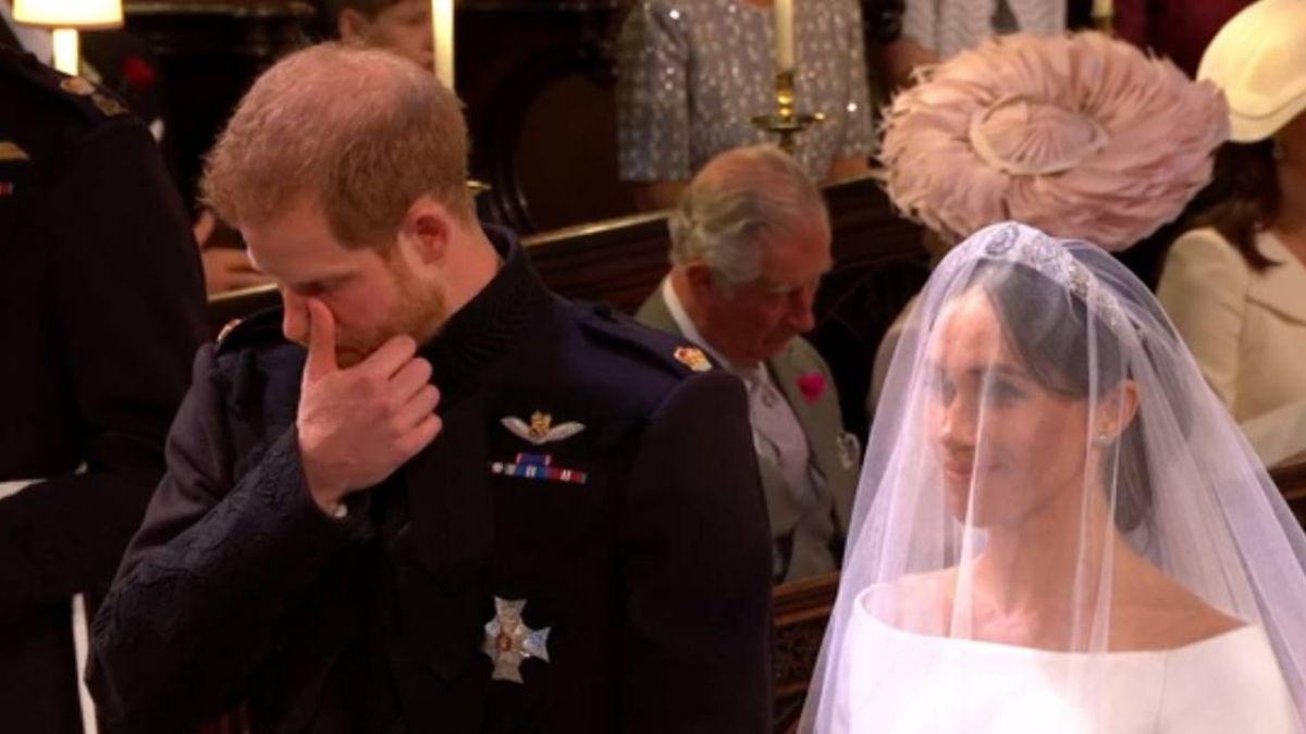 英國皇室大婚!深情凝視梅根…哈利王子感動噴淚