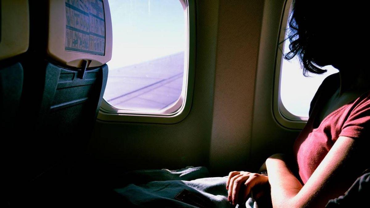 男子搭機看A片長達5小時 她坐隔壁目睹全程超崩潰!