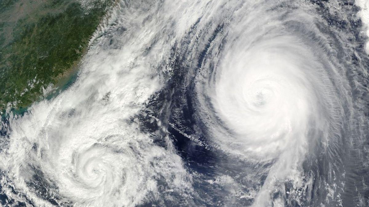 艾維尼登陸廣東!21小時暴雨淹大水 考生搭橡皮艇進考場