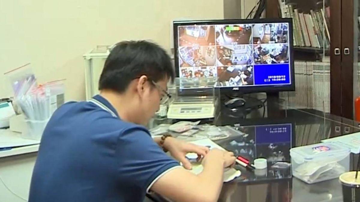 【獨家】台中珠寶店遭竊百萬 警專案小組破功!
