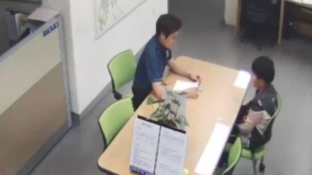 12歲男童偷錢…媽媽罰他寫悔過書去警局自首 網讚爆