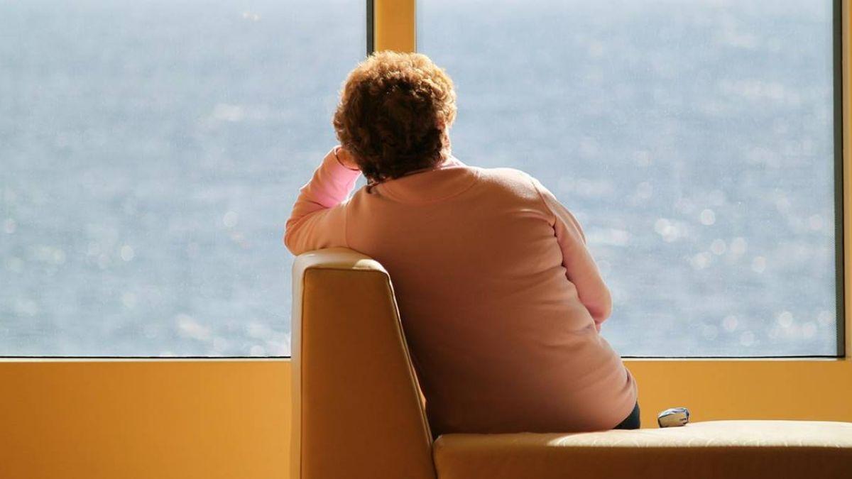 失戀退沙發…他淚崩被女店員安慰 結局神展開:在一起了!