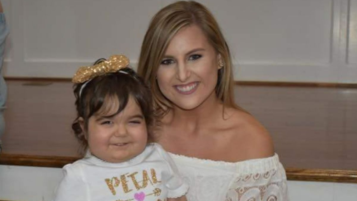 抗癌苦等300天獲「新娘骨髓」 女童變身萌花童暖哭眾人!