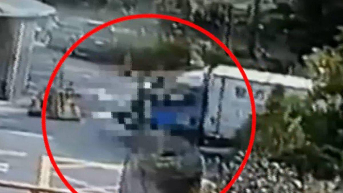 穿越路口遭貨車高速撞上 女騎士送醫不治