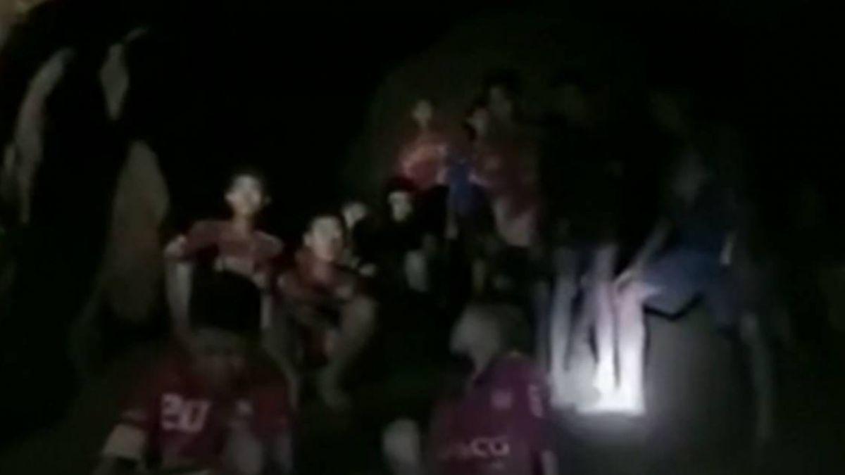 泰洞穴少年團13人生存戰! 潛水出洞最危險