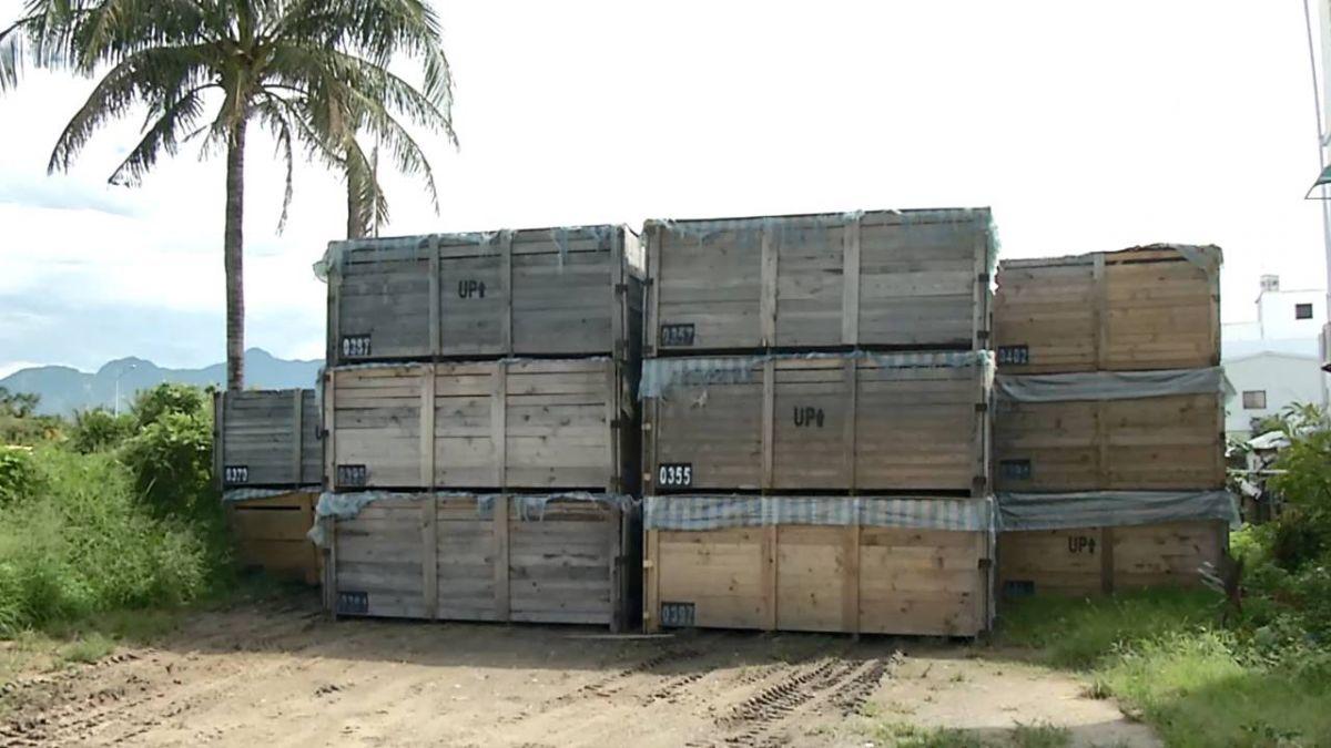 「我家後面有核廢料」不明貨櫃堆空地 民眾心慌慌