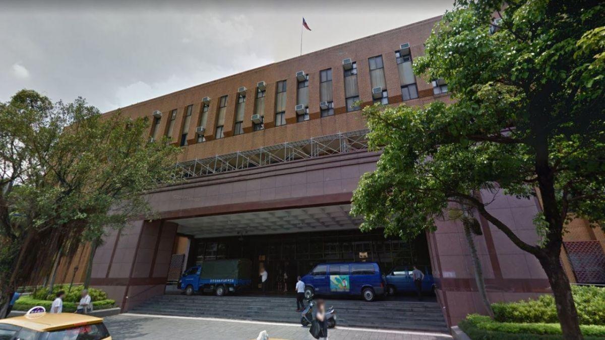 男子無醫師資格涉賣含毒管制藥品 判刑8年