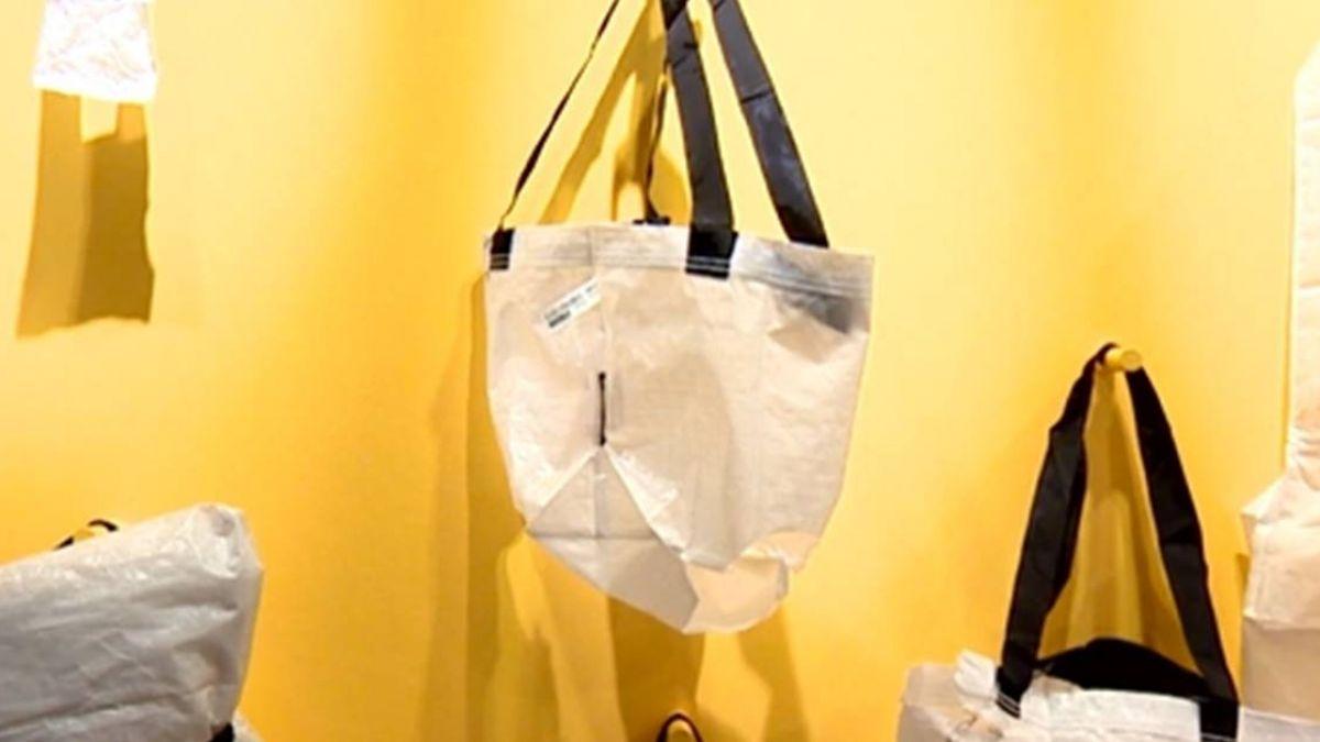 化腐朽為神奇!IKEA兩年內禁塑 改用洋芋片袋做沙發墊