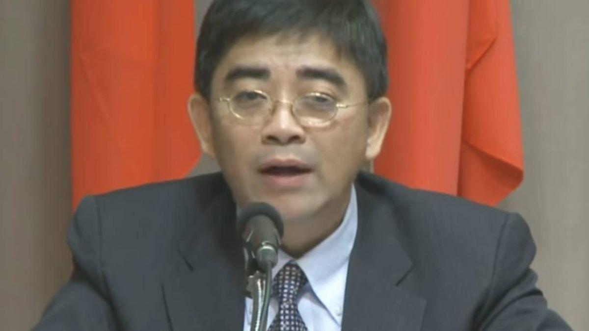 邱俊榮涉偷拍丟官 上班日未到 祕書幫打包