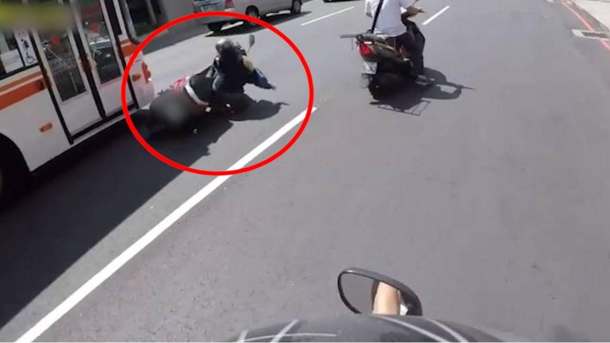 三寶男神龍擺尾一撇 女騎士險成公車輪下冤魂