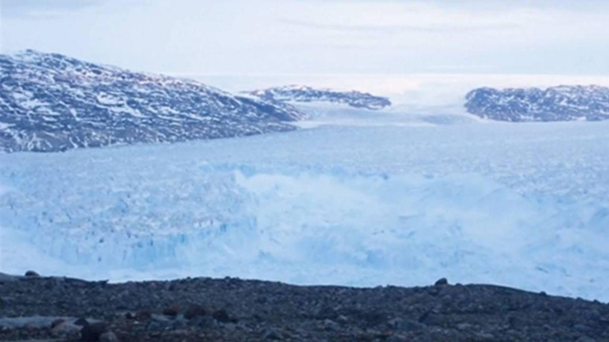 巨大冰山飄到家門口!崩解恐引致命海嘯 格陵蘭急撤村