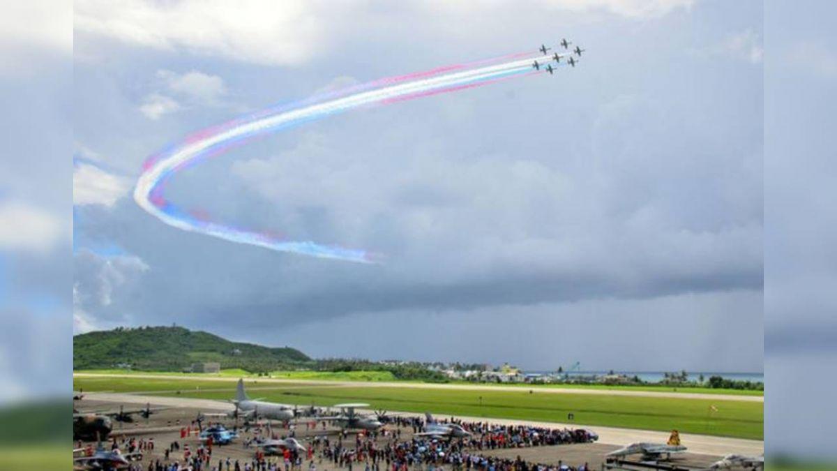 志航基地戰機秀空戰技巧  民眾大呼過癮