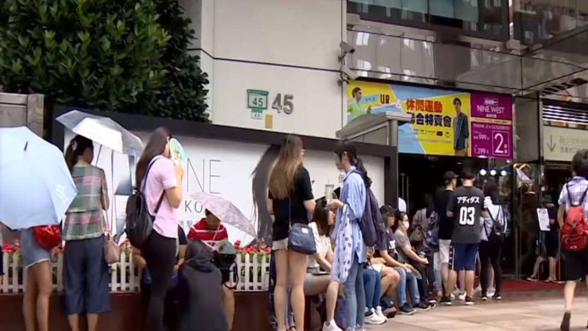 每天限量200份…排4小時才吃得到!韓式炸雞快閃 鐵粉出籠排隊