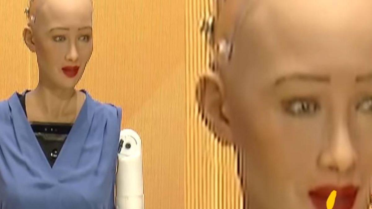 機器人「蘇菲亞」首來台 講者身分與專家大談AI