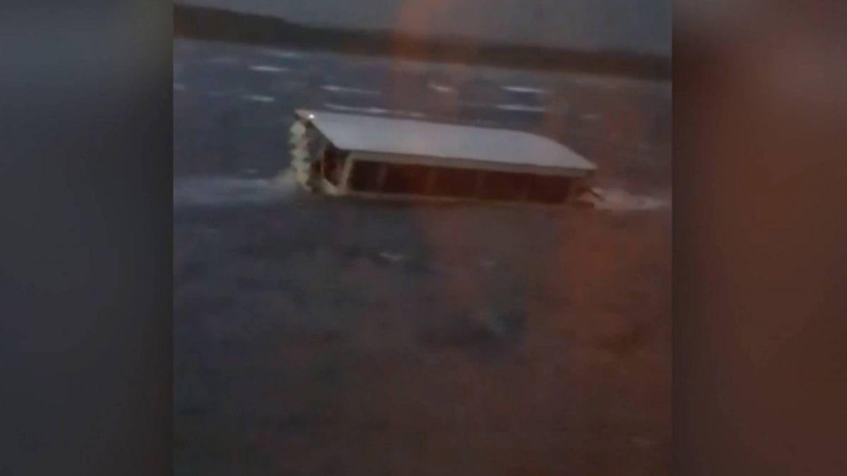 不敵強風!密蘇里州觀光船翻覆 17人死亡