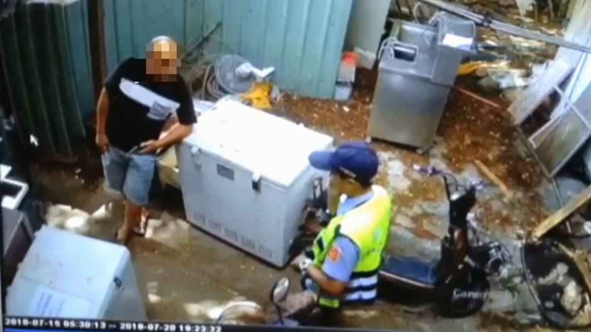 門口雜物阻進出 淡水老街住戶、攤販爆衝突