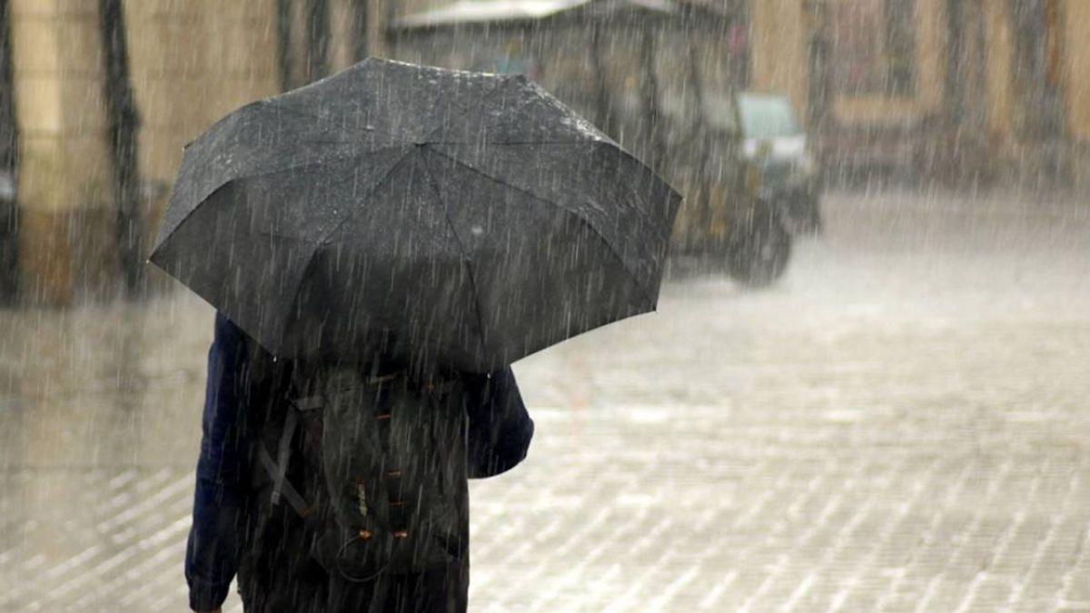 雨具隨身帶!對流發展旺盛 17縣市大雨特報