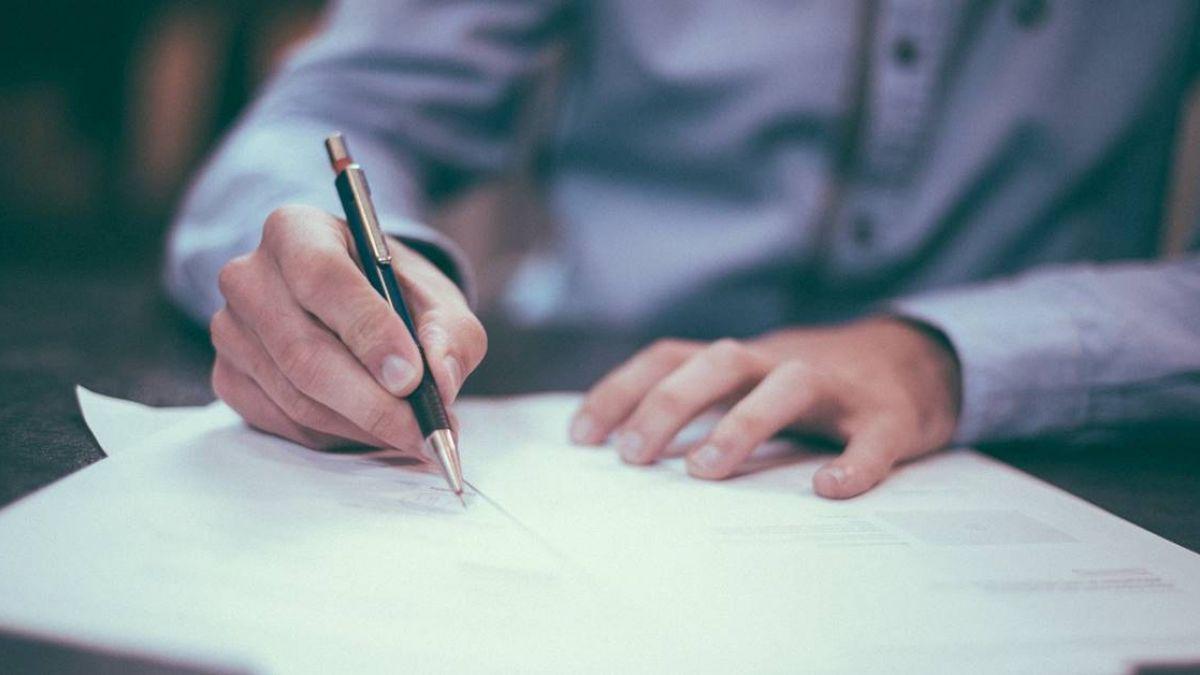 求職第一關就卡關 8成新鮮人認為寫履歷困難