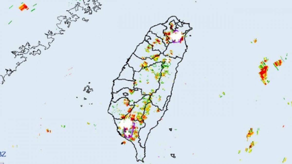 雨勢強勁  宜蘭台南高屏豪雨特報