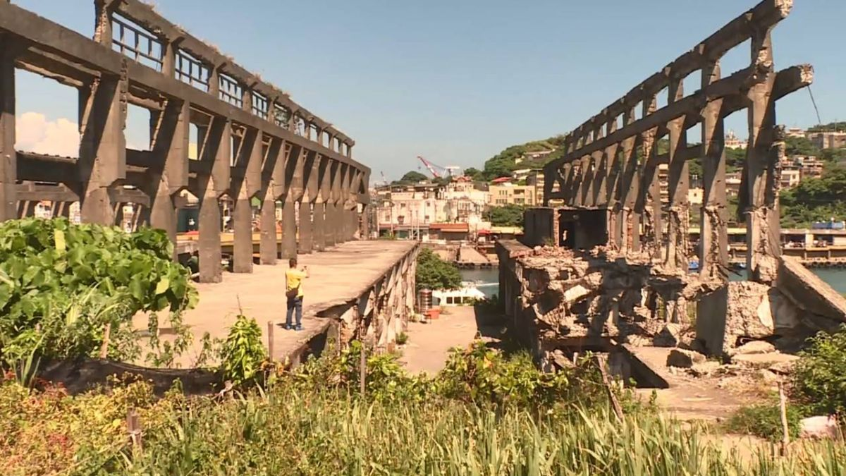 打卡熱點潛藏危機 遊客爬阿根納遺址摔傷