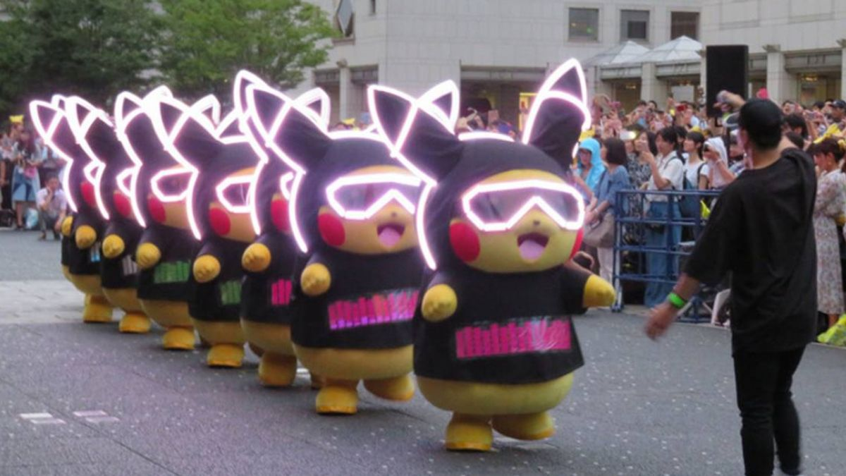 日本橫濱皮卡丘大量湧現 1500隻日夜遊行