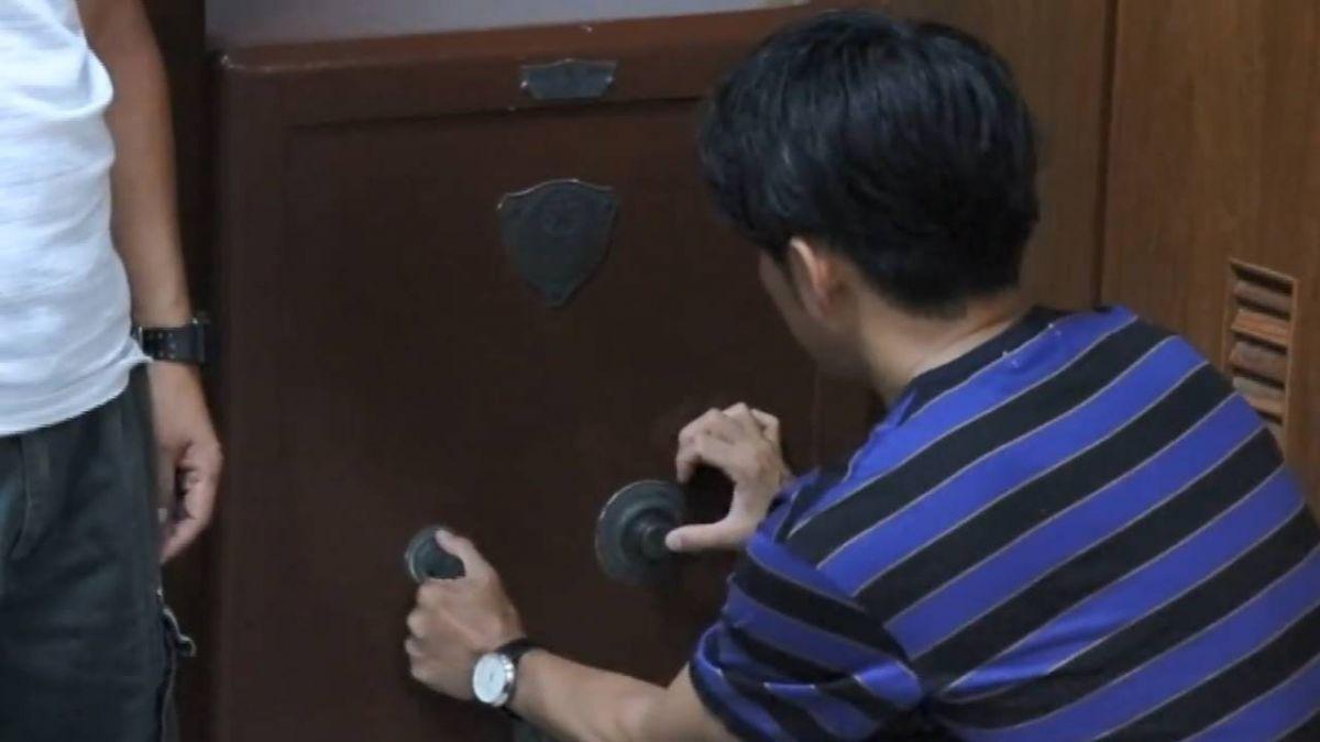 北門國小百年保險櫃打開了! 珍貴校史文物