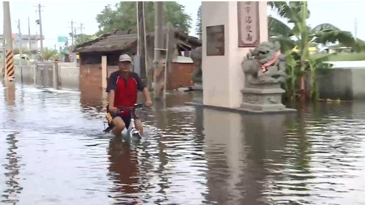 北門灰磘港淹4天如孤島 水漫大腿!50抽水機全面啟動