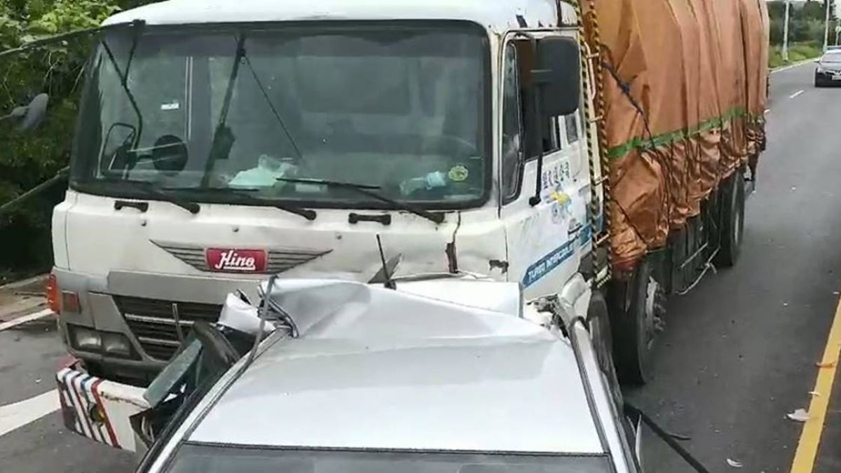台66快速道路車禍  女傷者一度無生命跡象