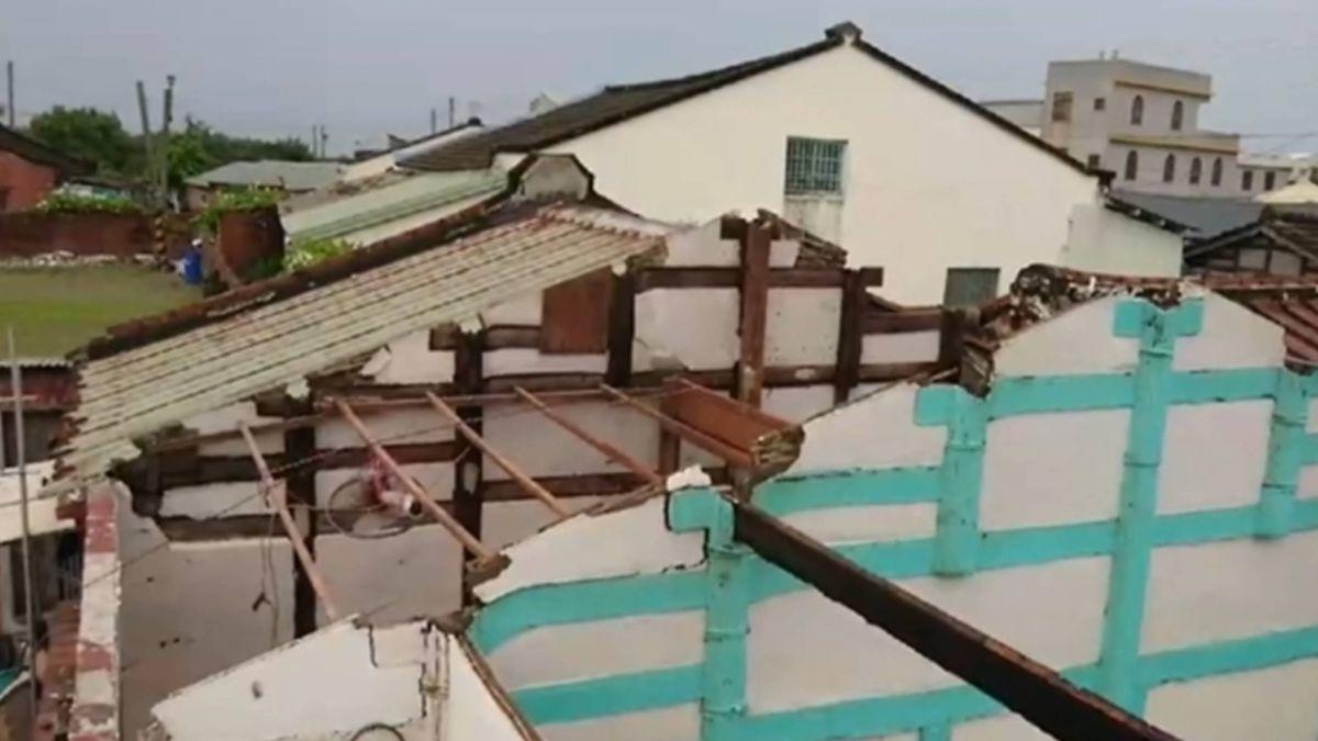 整片屋頂吹掀!東石海埔三合院 灌雨漏水難住人