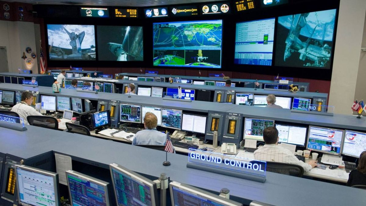 疑隕石撞出漏洞  國際太空站人員搶修