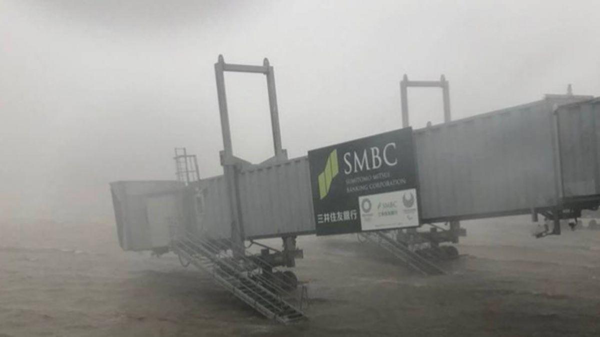 日本關西機場積水未退 9月5日全天關閉