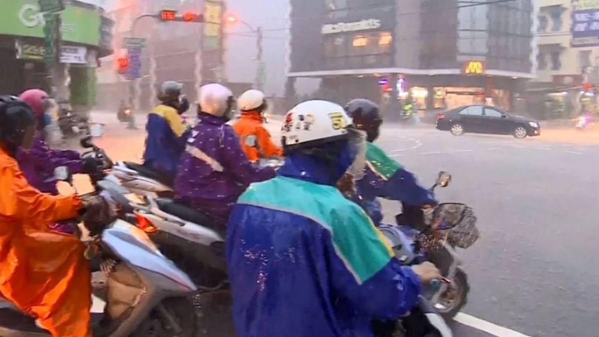 午後對流旺盛 注意瞬間大雨、雷擊!15縣市發布大雨特報