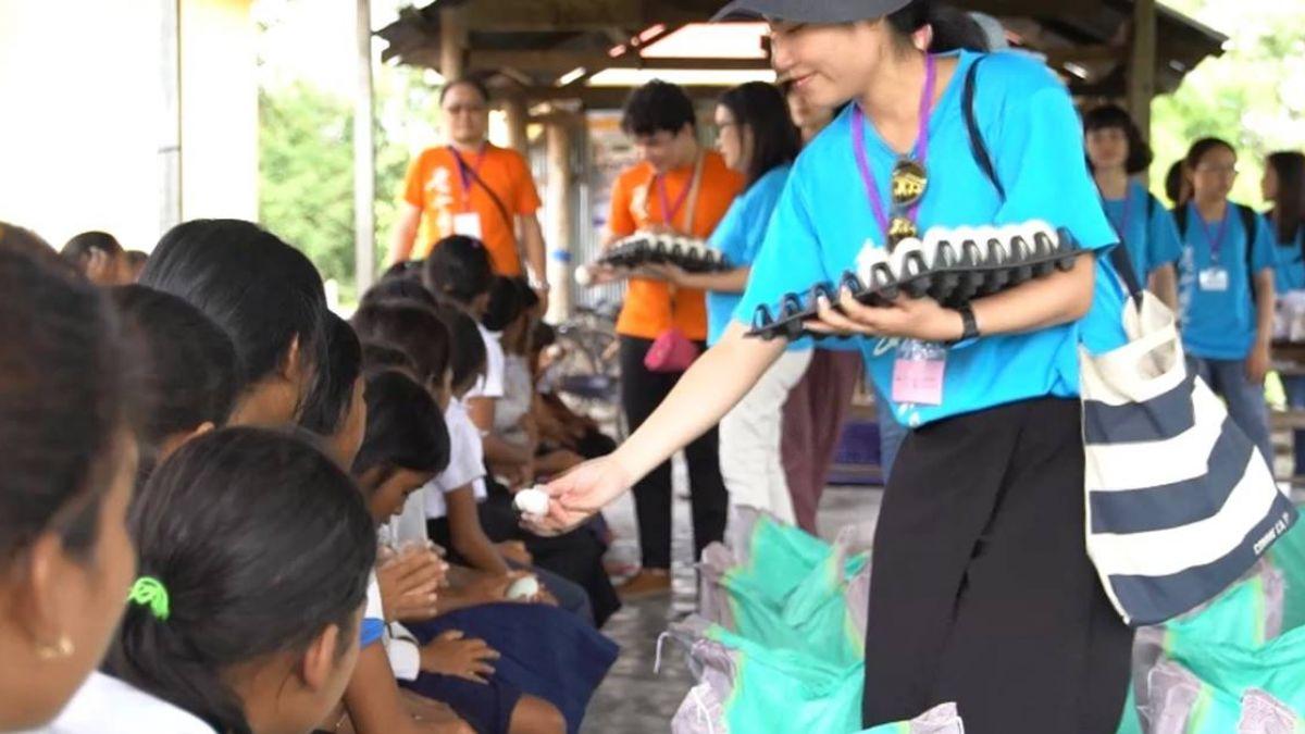 柬埔寨貧富差距大 台人伸援手助溫飽