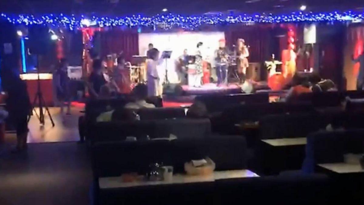 台灣特有娛樂文化 紅包場歌廳秀漸凋零