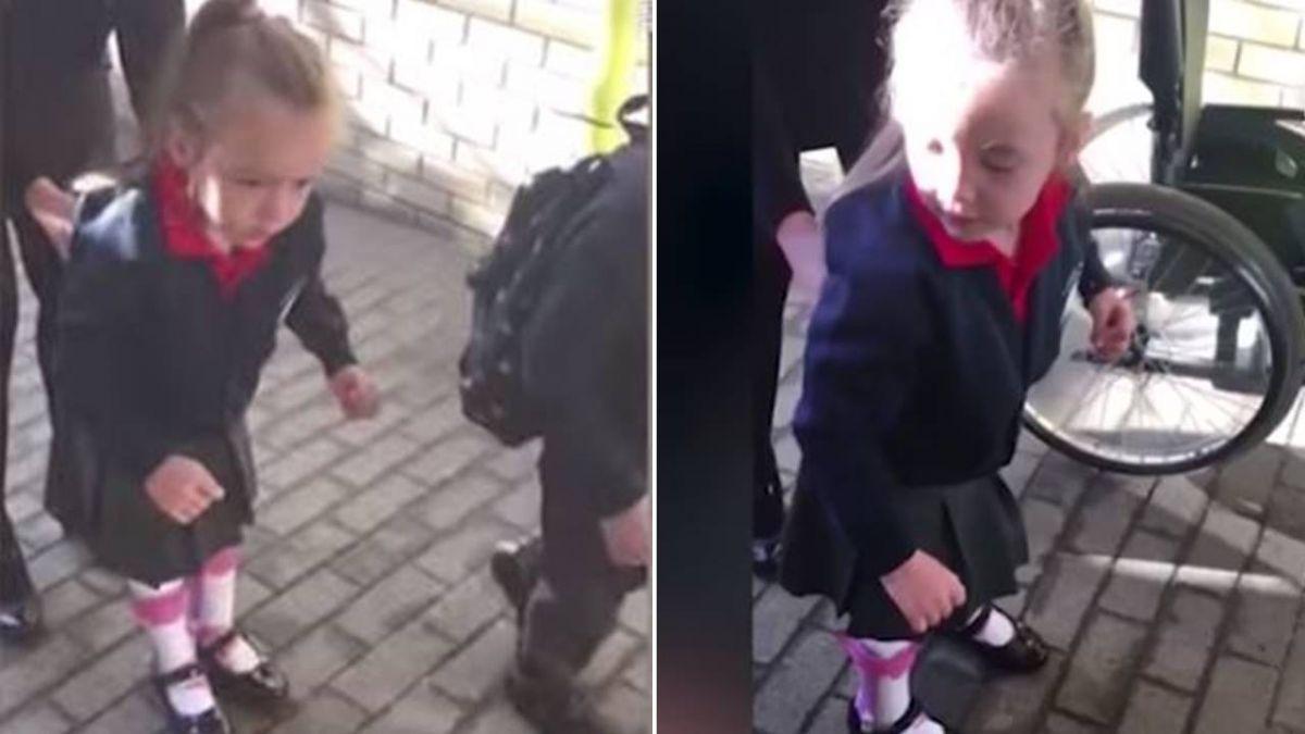 家人伴4歲腦麻女童上學 她「邁出第一步」 網噴淚:好勇敢!