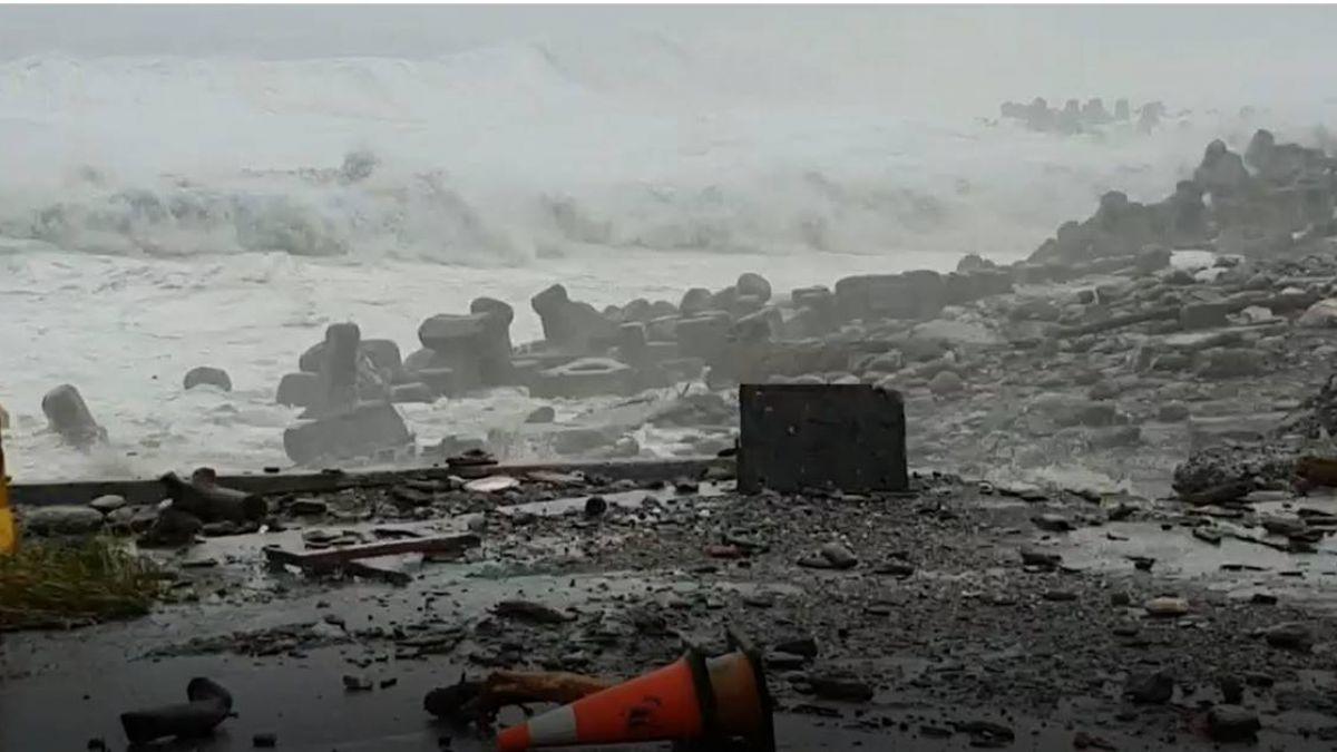 山竹強陣風達12級…恐再增強!近海恐怖浪高超驚人