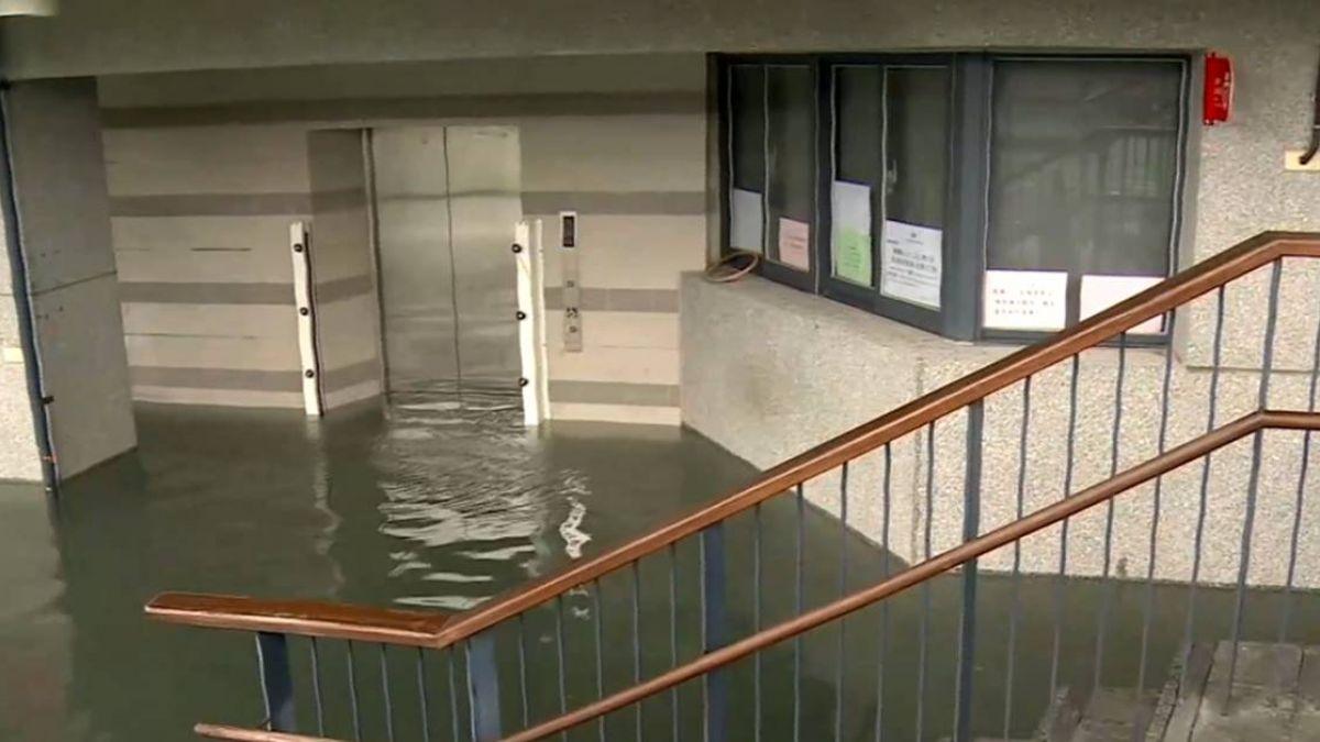 湧泉公園水淹半層樓 富岡漁港風浪大