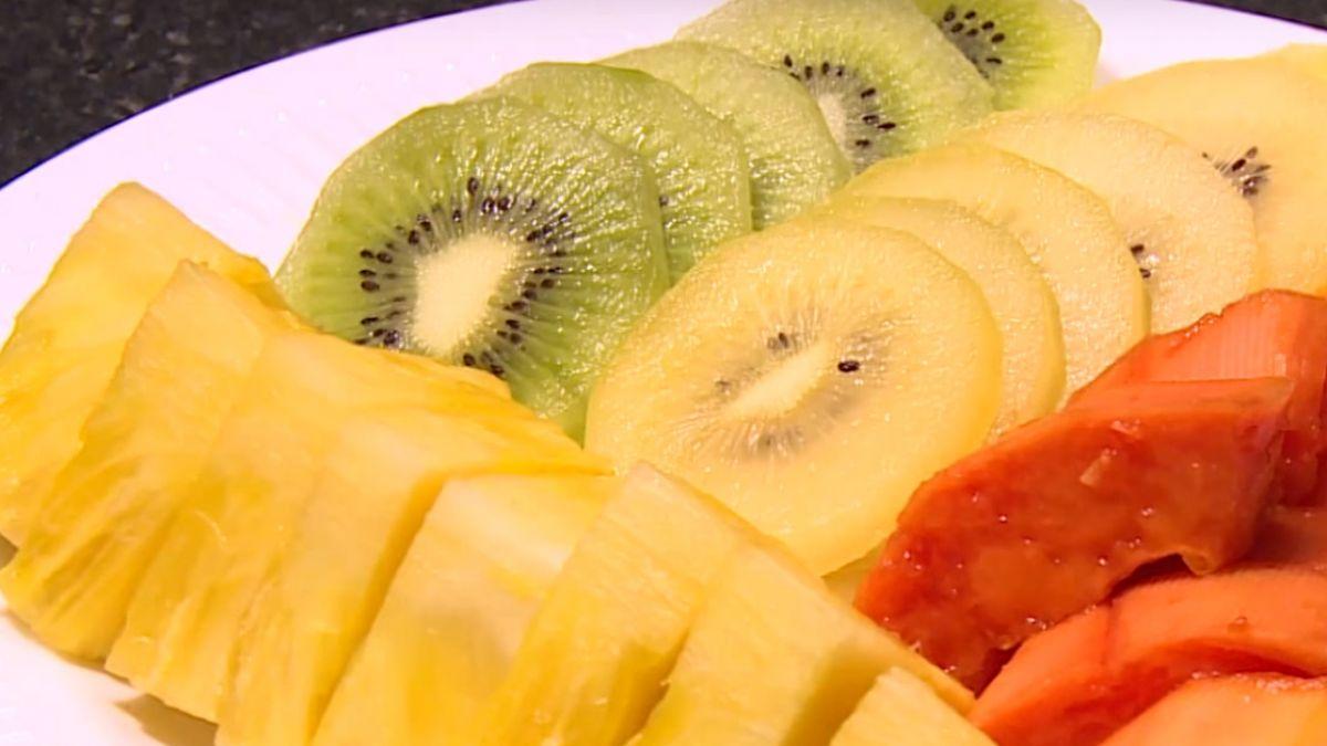 烤肉月餅吃不停 搭配水果 腸胃減負擔